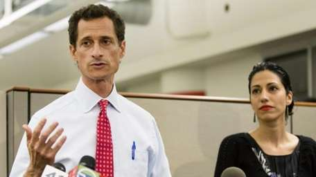Then-New York mayoral candidate Anthony Weiner speaks during