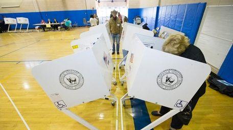 Donna Bendowski from Mattituck casts her vote at