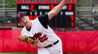 Plainedge's Sean Mendyk pitches in relief during the