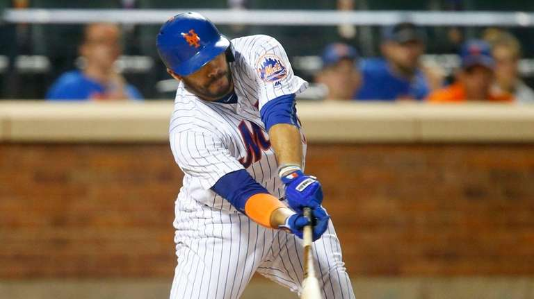 Rene Rivera of the New York Mets connects