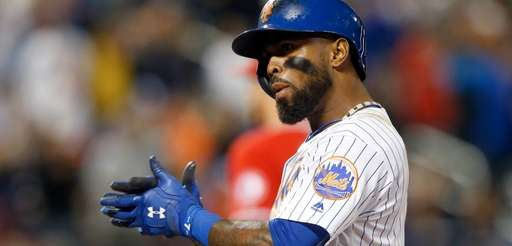 Jose Reyes of the New York Mets reacts