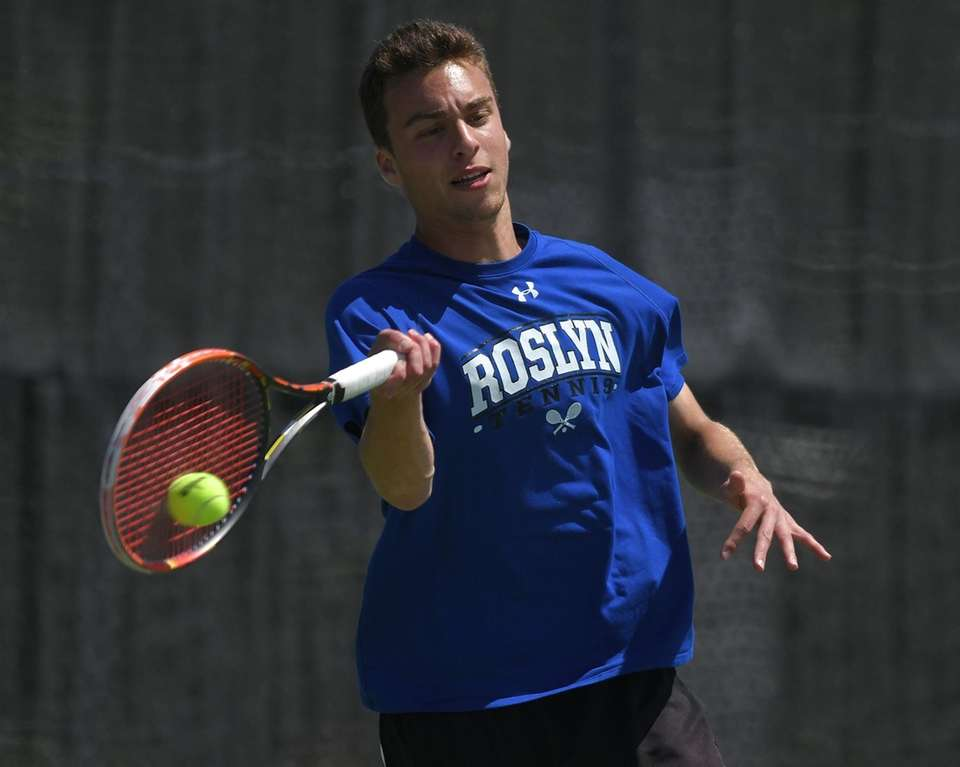 Zachary Khazzam of Roslyn returns a volley in