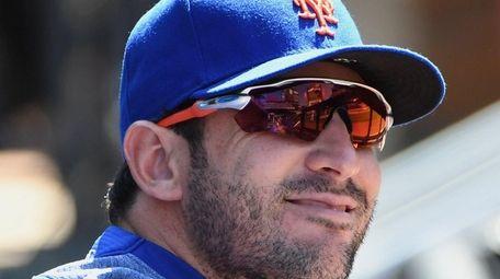 Mets pitcher Matt Harvey looks on from the