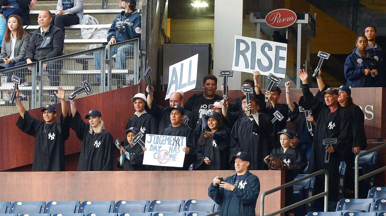 Aaron Judge Fan Section The Judge S Chambers Debuts At Yankee Stadium In Rookie S Honor Newsday