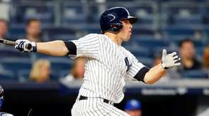 Brett Gardner homers in the third inning against