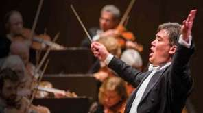 Alan Gilbert conducts the New York Philharmonic in