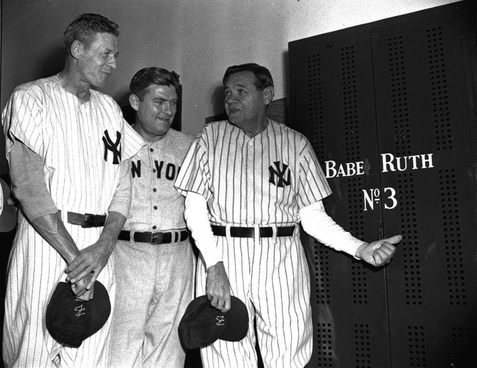 Babe Ruth - 8 x 10 Photo - 1948 - Yankee Stadium 25th