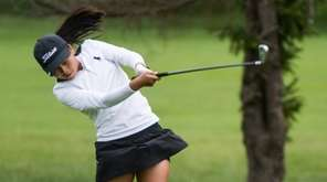 Lauren Chen (Manhassaet) during the Nassau County girls