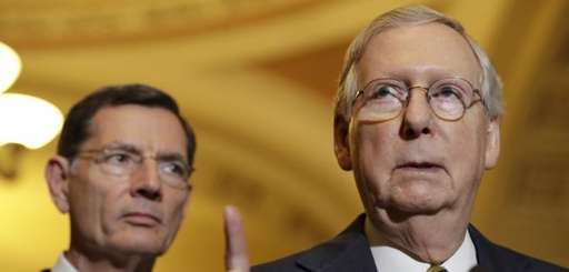 Senate Majority Leader Mitch McConnell of Ky., right,