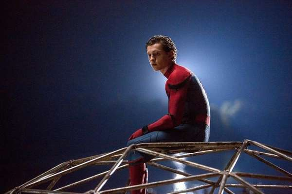 Spider-Man: Homecoming Final Trailer Brings More Gadgets And More Peril