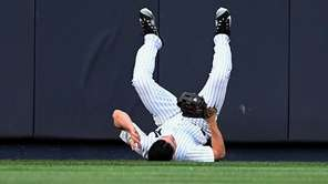 New York Yankees centerfielder Jacoby Ellsbury rolls to
