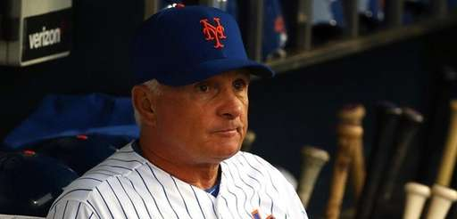 New York Mets manager Terry Collins #10 looks