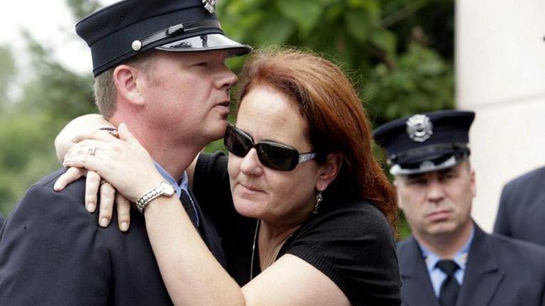 Jennifer McNamara, widow of 9/11 first responder John