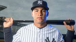 Yankees top prospect Gleyber Torres at spring training
