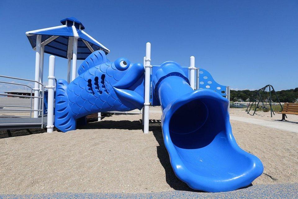 HOBART BEACH, Birmingham Drive, Eatons Neck, 631-261-7574. Beach