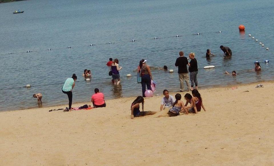 RONKONKOMA BEACH, Rosevale Avenue, Lake Ronkonkoma, 631-467-3308 Beach: