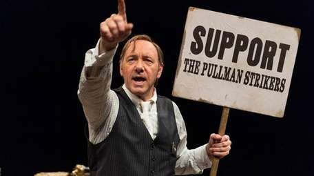 Kevin Spacey plays the title role in
