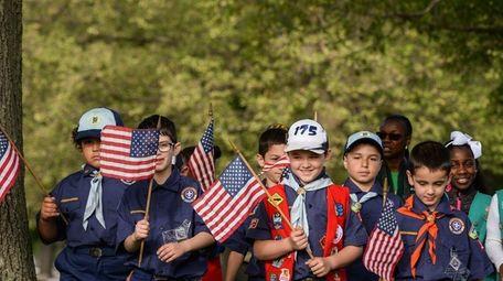 West Babylon Cub Scout Troop 175 walks together