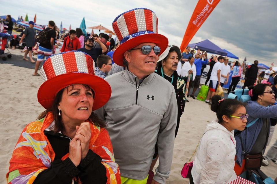 Jim Kronick and Monique Cerullo, of Connecticut, bundle