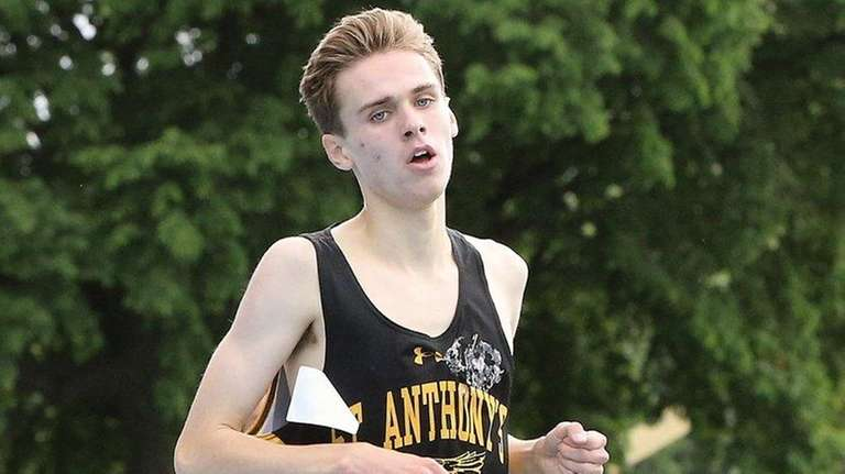 St. Anthony's Mason Gatewood takes first in the