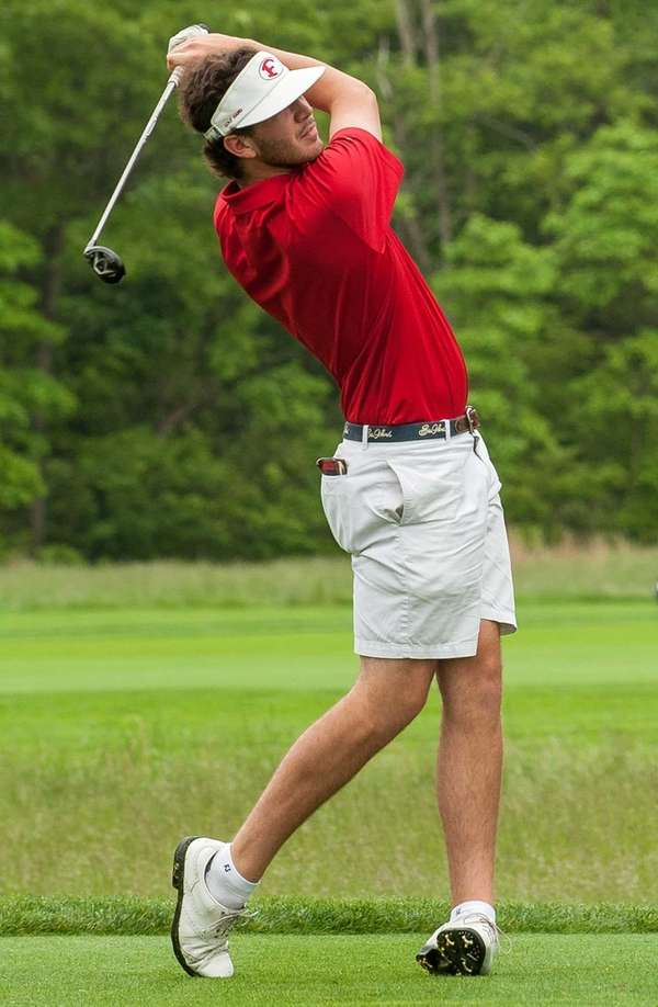 Friends Academy golfer Will Parker during the Long