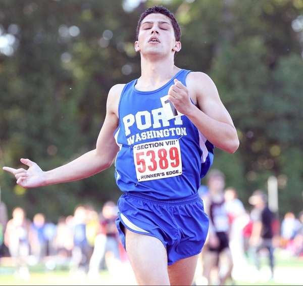 Port Washington's Aaron Siff-Scherr takes first in the