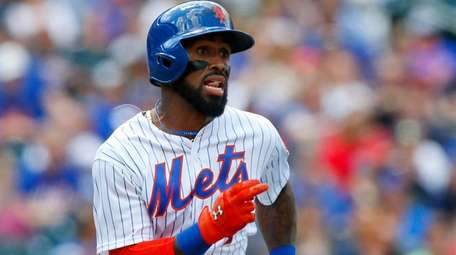 Jose Reyes of the New York Mets grounds out