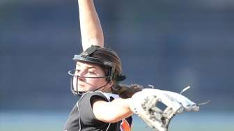 Babylon's Alexa Tenety (16) pitches in the sixth