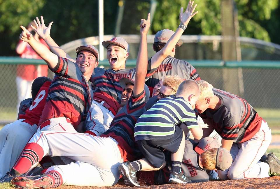Southold celebrates winning the Long Island High School