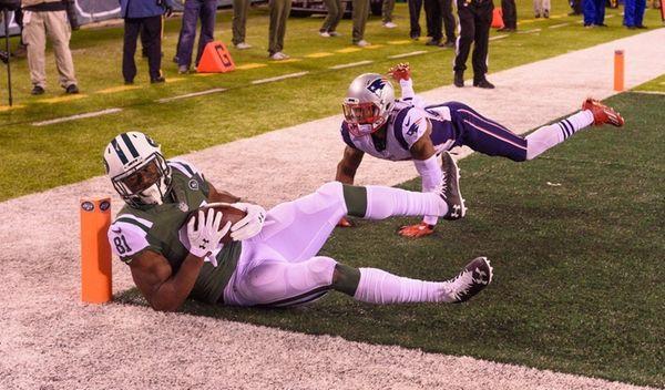 New York Jets wide receiver Quincy Enunwa pulls