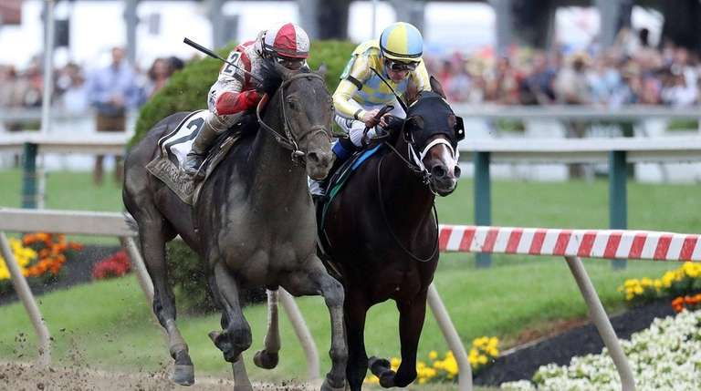 Classic Empire, right, gets edged out by Cloud