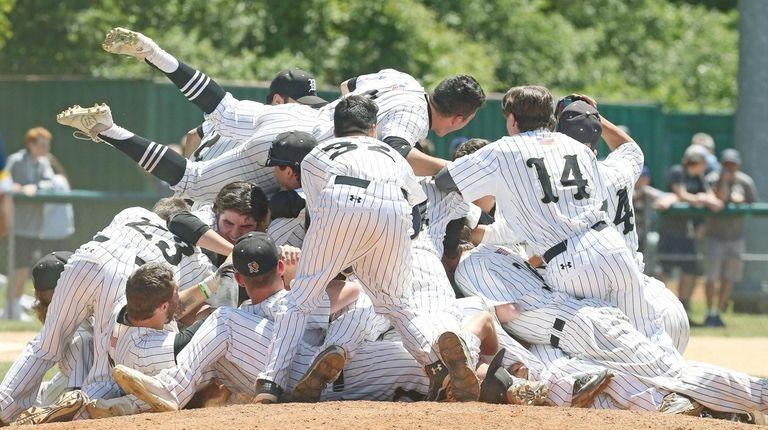Wantagh celebrates winning the Long Island Class A