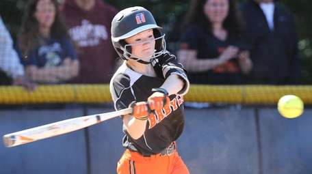 Babylon's Molly Cummings drives in two runs against