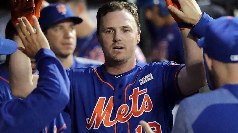 New York Mets right fielder Jay Bruce (19)