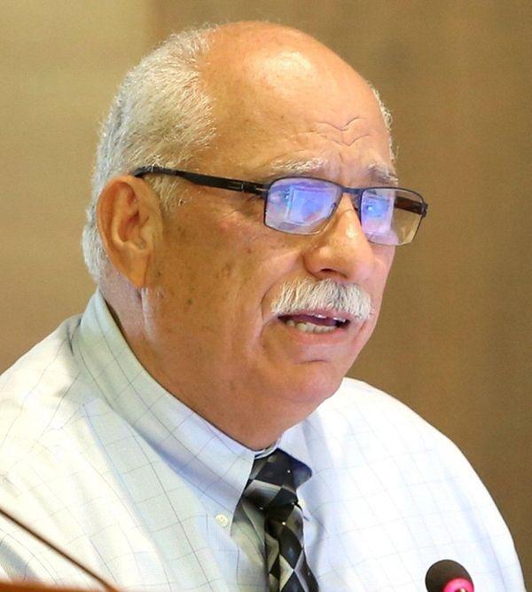 Nassau County Legis. Dennis Dunne speaks during a