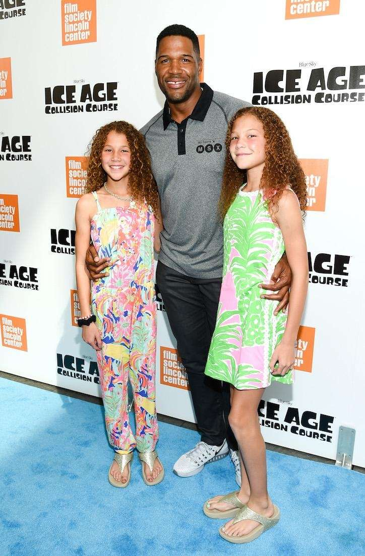 Former football player Michael Strahan has twin daughters,
