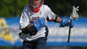 Matt Licciardi #6 of Cold Spring Harbor carries