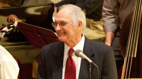 Alan Alda returns to narrate a concert program