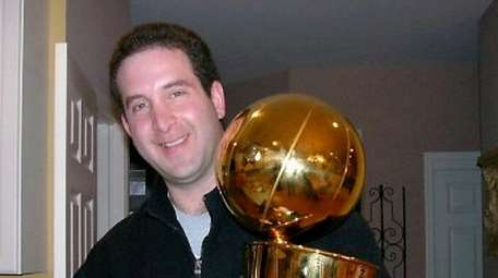 Longtime NBA executive Todd Harris, who grew up