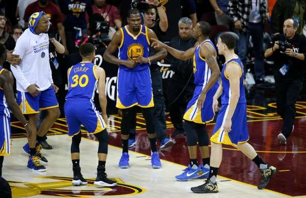 Golden State Warriors forward Kevin Durant (35) celebrates