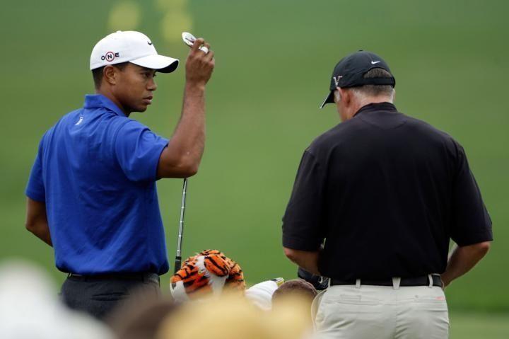Tiger Woods talks with caddie Steve Williams on