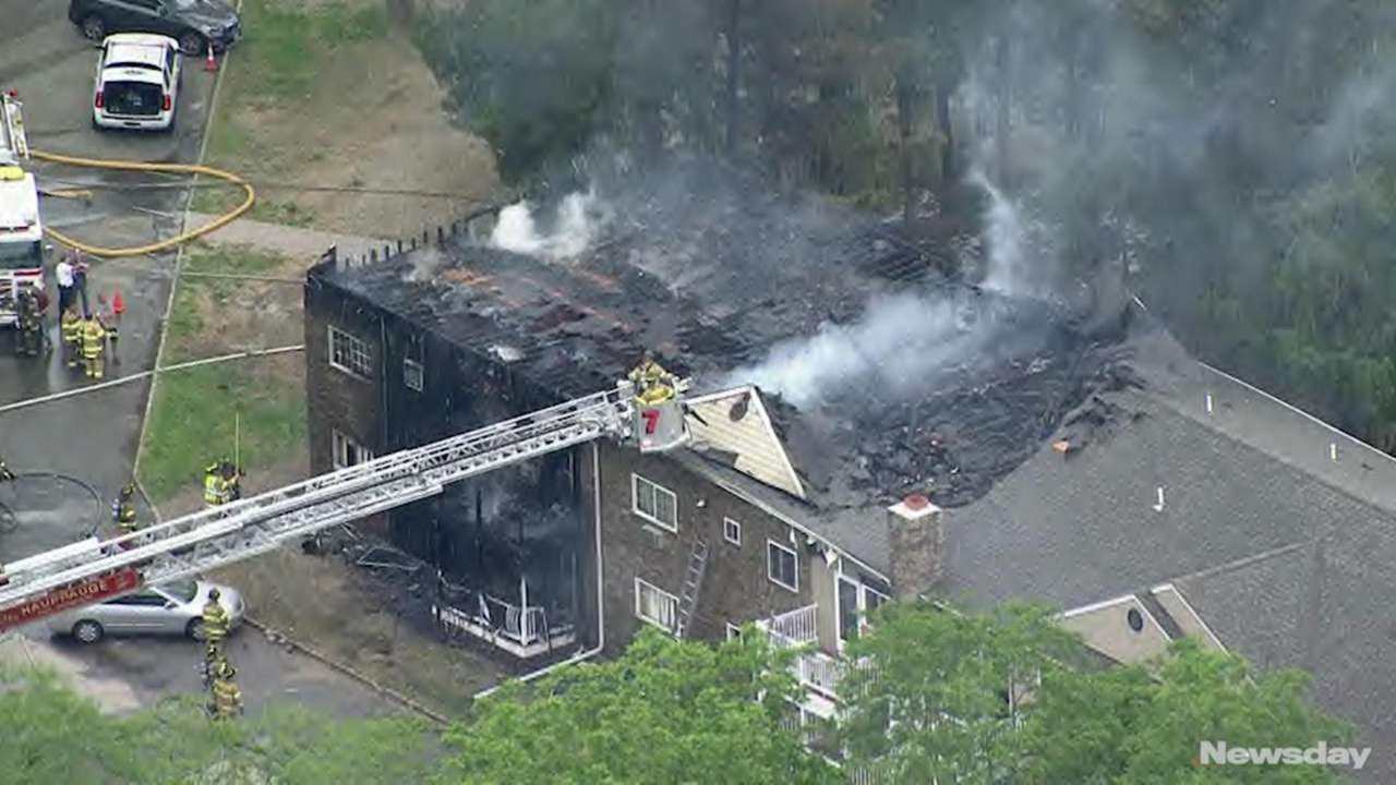 Hauppauge apartment building damaged in fire