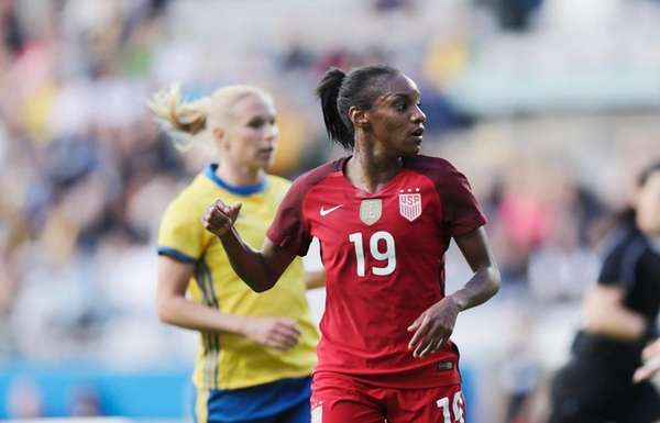 US women score in 2nd half, beat Sweden 1-0 in friendly