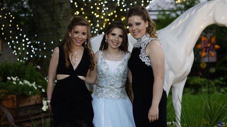 Daniella, Nicole and Angelica Di Marco attend Roslyn