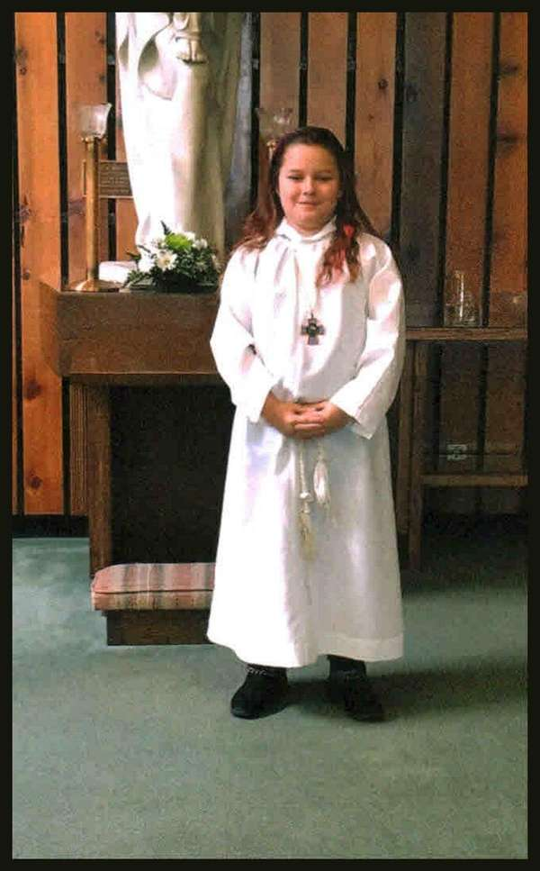 Kidsday reporter Jessica Johnson assists at church as