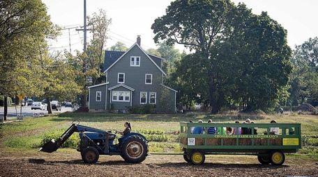 Crossroads Farm in Malverne will host an evening