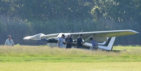 A single-engine Cessna made an emergency landing on