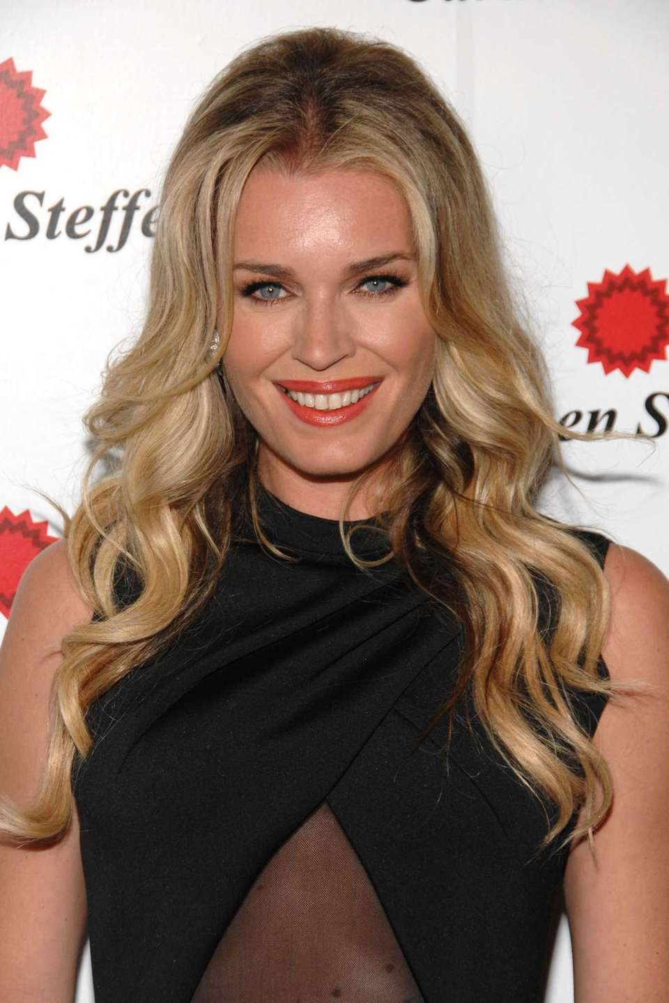Rebecca Romijn made a name for herself in