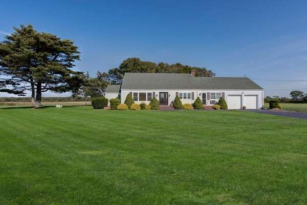 This East Quogue ranch, listed for $699,000, has