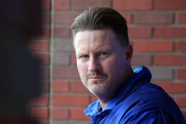 Giants coach Ben McAdoo debuts new hairstyle, internet hilariously reacts